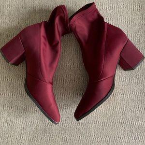 Maroon sock booties